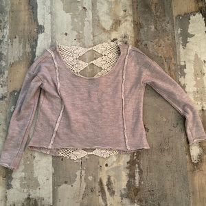 Gorgeous cropped sweatshirt with lace back by aeo
